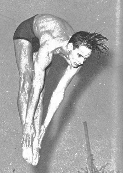 1941_diving.jpg