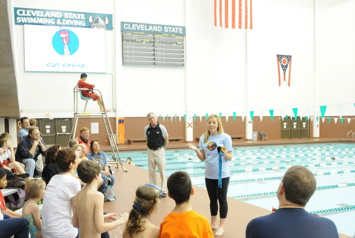 2011-Olympic Medalist Diana Munz-Kids Kicking Cancer Event.jpg