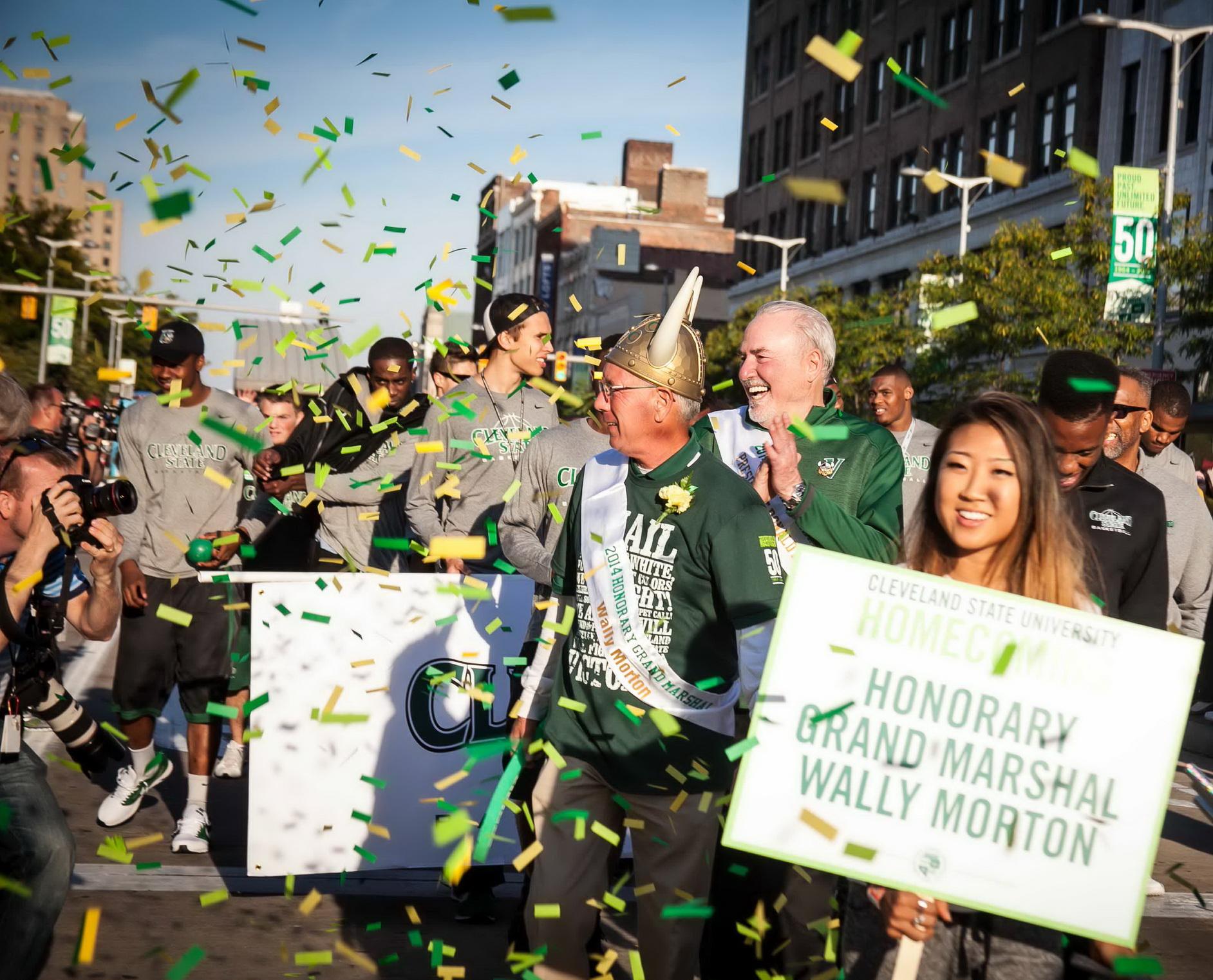 Wall and Pres Berkman at Homecoming Parade_resize